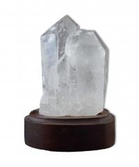 Bergkristall auf Holzsockel
