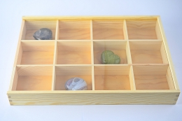 Holzbox mit Plexiglas