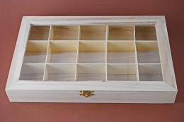 Holzbox mit Fenster