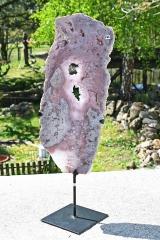 Amethyst pink auf Metallständer II